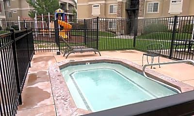 Pool, 25 N Clayton Ct, 2
