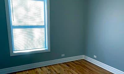 Bedroom, 5700 S Calumet Ave, 1
