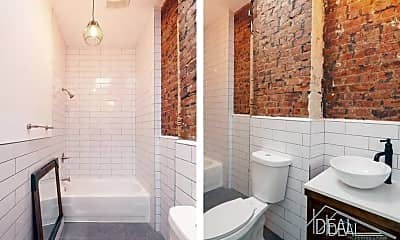 Bathroom, 101 Kenilworth Pl, 1