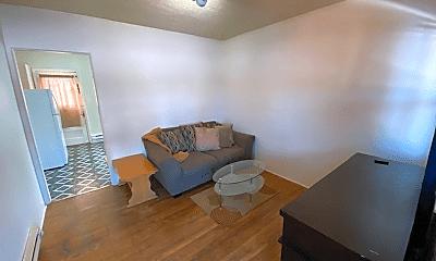 Living Room, 122 7th St, 1