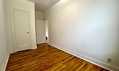 Living Room, 21-28 23rd St 2-F, 2
