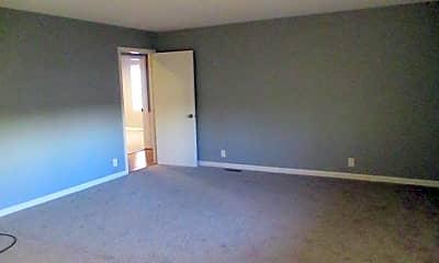 Bedroom, 9179 Shelbyville Pike, 1