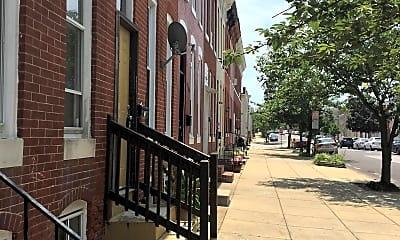 Building, 421 N Collington Ave, 1
