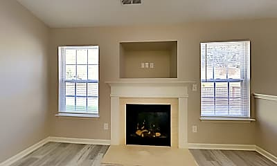 Living Room, 553 River View Dr, 1