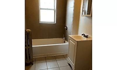 Bathroom, 7758 S Kingston Ave, 2
