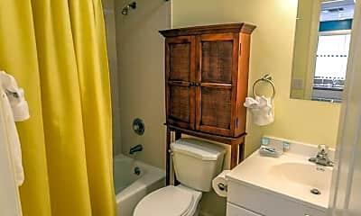Bathroom, 5614 Easy St, 1