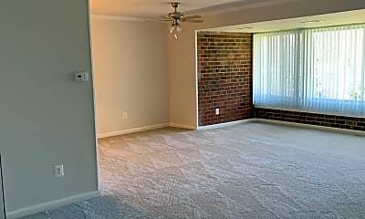 Living Room, 8408 Sky View Dr, 0