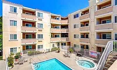 Pool, 3120 Sepulveda Blvd 101, 2