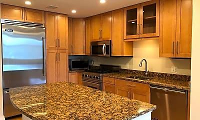 Kitchen, 8220 Crestwood Heights Dr 409, 1