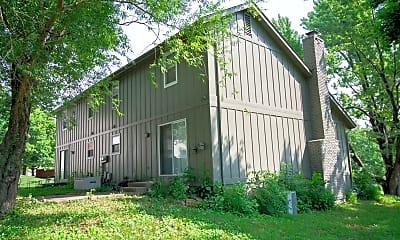 Building, 8336 Carter St, 2