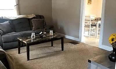 Living Room, 63 Liberty St, 2