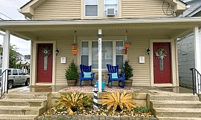 Patio / Deck, 5500 Calvert Ave, 0