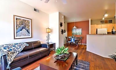 Living Room, Covington Park Apartments, 1