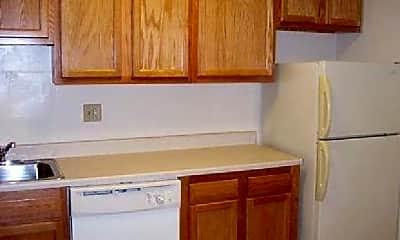 Kitchen, 4706 Cherokee St, 1