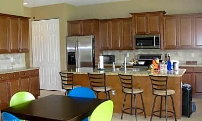 Kitchen, 2700 Shaughnessy Dr, 2