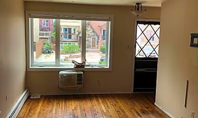 Living Room, 2275 Ryder St 2, 0