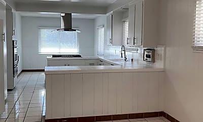 Kitchen, 3935 W 108th St, 1