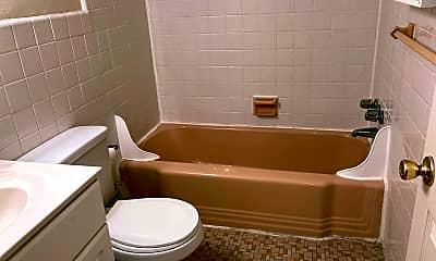 Bathroom, 4800 Township Line Rd, 2