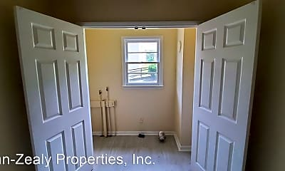 Bedroom, 3005 Ingleside Ave, 2
