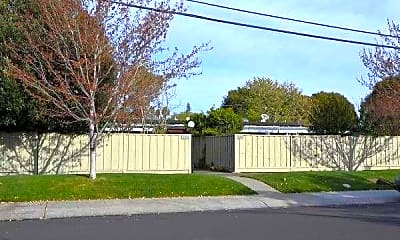 Sutter and Stanford Gardens, 1