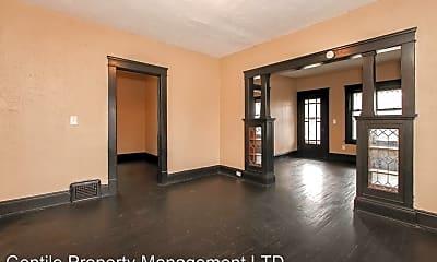 Living Room, 9805 Lamontier Ave, 2