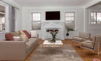 Living Room, 4245 Arlington Ave, 2