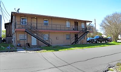 Building, 7430 Hillsboro St, 1