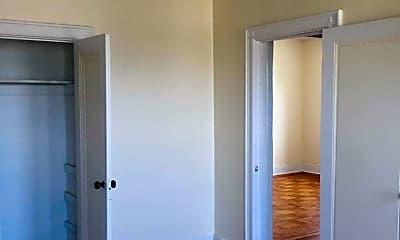 Bedroom, 85 W 32nd St, 2