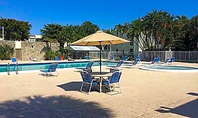 Pool, 20350 W Country Club Dr, 1