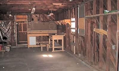 Building, 1422 Forrest St, 2