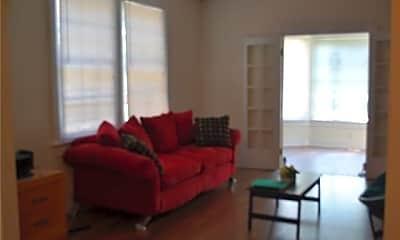 Living Room, 3530 Nashville Ave, 2