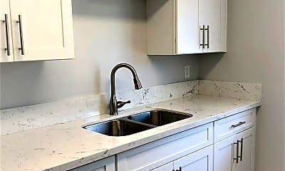 Kitchen, 1923 1/2 Mission Ave, 1
