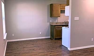 Living Room, 2315 Jennifer Dr, 1