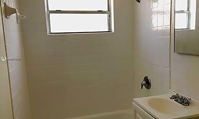 Bathroom, 560 NW 7th St 311, 2