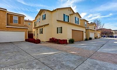 Building, 2352 la Villa Way, 0
