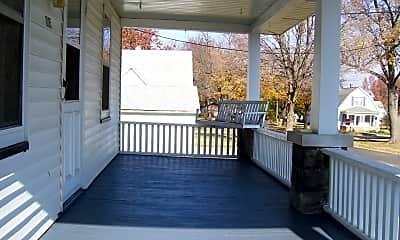 Patio / Deck, 1005 S Prairie St, 2