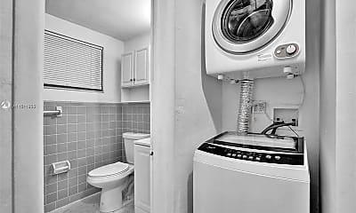 Bathroom, 218 Santillane Ave 2, 2