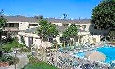 Monterra Apartments, 1