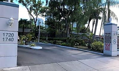 Miami River Yacht Club, 1