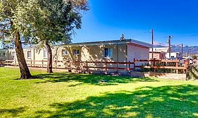 Building, 3131 N El Paso St, 1