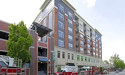 Building, 901 New Hampshire St, 1