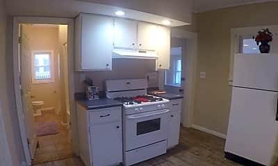 Kitchen, 1633 N 15th St, 2