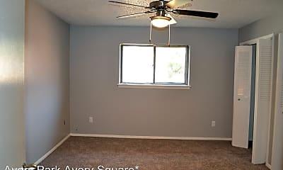 Bedroom, 3377 E Skelly Dr, 2