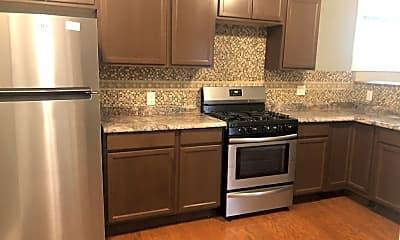 Kitchen, 640 Myrtle Ave, 1
