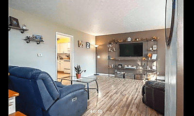 Living Room, 695 OH-314, 1
