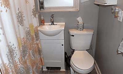 Bathroom, 3100 Markbreit Ave, 1