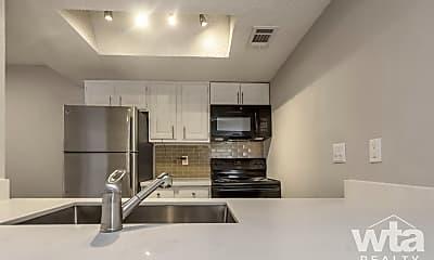 Kitchen, 3517 North Hills Dr, 1