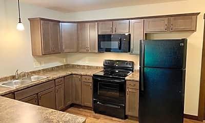 Kitchen, 114 Hickory Ln, 1
