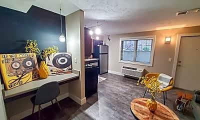 Living Room, 511 S 31st St, 1