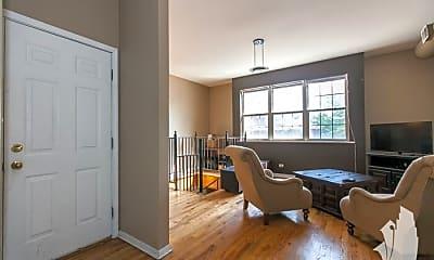 Living Room, 1340 N Dean St, 1